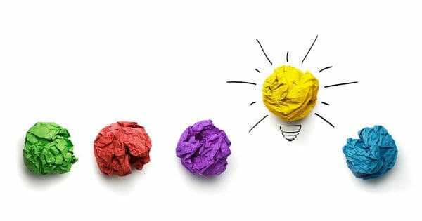 Innovation iLead - challenge your decision making - illustration (paper wads, light bulb)