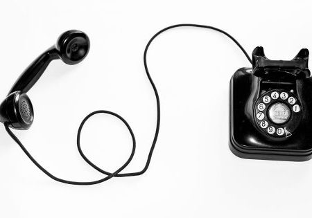 how to have profitable telesales calls - Unsplash photo by Quino Al